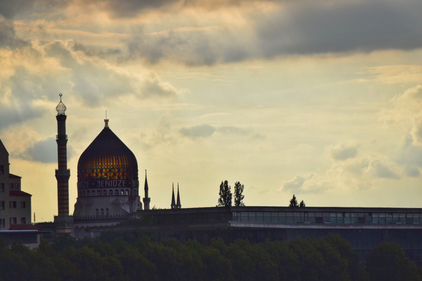 From the Reichstag to Dresden